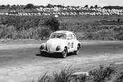 62709 - Reynolds / McKeown / Brewster - Volkswagen VW - Armstrong 500 - Phillip Island 1962
