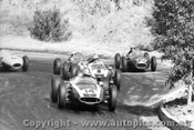 61506 - Brabham / Salvadori / Stillwell / Leighton / Miller all in Coopers - Hume Weir 1961