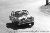 65723 - Walker / Kennedy  Ford Cortina GT 500  -  Bathurst 1965