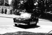 58004 - R. Holden FC Holden - Albert Park 1958