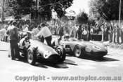 57503 - Lex Davison Ferrari / D. Whiteford Maserati - Albert Park 1957