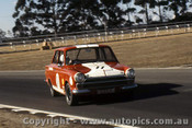 70090 - Bill Fanning - Lotus Cortina - Warwick Farm 1970