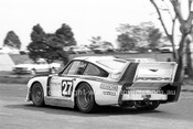 82402 - Alan Jones Porsche 935 - Australian GT Championship, Sandown 1982