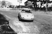 68152 - Alan Hamilton Porsche 911 - Templestowe Hillclimb 1968