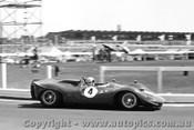 68429 - Chris Amon P4 Ferrari - Sandown 1968