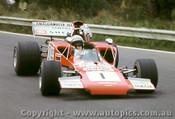 72627 - Frank Gardner Lola T300 Chev - Warwick Farm 1972
