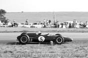 64514 - Lex Davison  Brabham -  Calder 1964