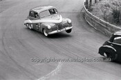 G. Moore, FX Holden - Catalina Park Katoomba - 8th November 1964 - Code 64-C81164- 10