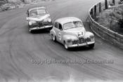 Des West, FX HoldenCatalina Park Katoomba - 8th November 1964 - Code 64-C81164- 18