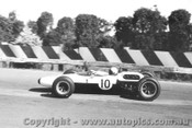 65518 - Bruce McLaren Cooper - Sandown Tasman Series  1965