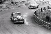 Bo Seton, FX Holden - Catalina Park Katoomba - 8th November 1964 - Code 64-C81164- 74