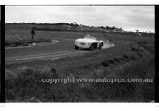 Phillip Island - 22nd April 1957 - Code 57-PD-P22457-027
