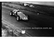 Phillip Island - 22nd April 1957 - Code 57-PD-P22457-035
