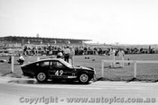 67439 - J. Abbott - Sunbeam Tiger LeMans V8 - Sandown 1967