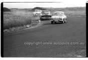 L. Symes, Renault Dauphine - Phillip Island - 26th December 1957 - Code 57-PD-P261257-019