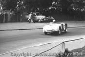 58412 - R. Murphy  Austin Healey Sprite - Albert Park 1958