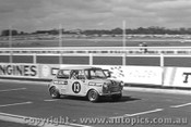 69044 - Richard Knight Morris Cooper S - Sandown 1969