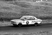 71060  -  Colin Bond - Holden Torana LC XU1 - Phillip Island 1971