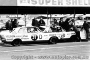 71736  -  C. Bond and P. Brock  -  Holden Torana LC XU1 - Holden Dealer Team Pitts - Bathurst  1971