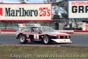 81013 - T. Edmondson Alfa Romeo Alfetta V8 - Calder 1981
