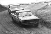 68064 - B. Lawler Ford Falcon V8 / B. Thomson Mustang - Bathurst April 1968