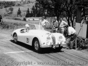 57408 - Mrs. N.S. Norway Jaguar XK140 - Rob Roy Hill Climb 1957