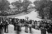 79861 - The crowd on the top of the hill - Bathurst 1979 - Photographer Peter Schafer