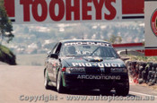 91730 - B. Pearson / B. Stewart Holden Commodore VN - Bathurst 1991