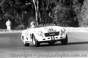 68443 - J. Quinn Datsun 2000 - Warwick Farm 1968