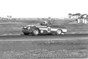 68444 - Doug Whiteford  Datsun 2000 - Calder1968