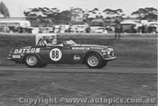 71418 - Doug Whiteford Datsun 2000 SR311 - Calder 1971