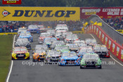 15704 - Start of the  Bathurst 1000 - 2015