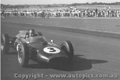 62514 - J. Surtees Cooper - Sandown 1962
