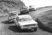 68725 - Hodgins / Pomroy Valiant V8 Auto - Radford / Seldon Morris Cooper S - Garth / Stewart and Roxburgh / Whiteford Datsun 1600 - Bathurst 1968