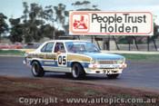 77014 - P. Brock  Holden Torana L34  - Calder 1977