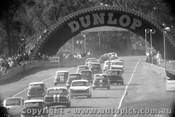 68070 - First Lap of the 1968 Touring Car C Ship -  Warwick Farm 1968