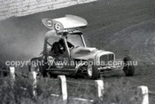 65209 - Westmead Speedway Between 1965 & 1967 - Help needed to identify these drivers