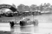 69556 - Frank Gardner - Brabham Alfa  - Tasman Series - Warwick Farm 19th February 1969 - Photographer John Lindsay