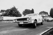 72577 - Leo Geoghegan, Valiant Charger  - Sandown 1972 - Photographer Peter D'Abbs