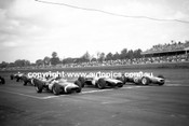 62595 - Stirling Moss, Lotus, Jack Brabham & Bruce McLaren, Cooper Climax - Warwick Farm 4th February 1962