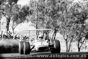 69542 - Jack Brabham - Brabham BT31 - Bathurst  1969