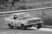 72090 - Colin Bond  - Holden Torana XU1 V8 - Bathurst Easter 1972
