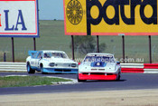 81101 - John Chambers, Chev Monza & Garry Rogers, Torana V8 - Calder 8th November 1981 - Photographer Peter D'Abbs
