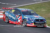 16732 - Craig Lowndes & Steven Richards, Holden Commodore VF - 2016 Bathurst 1000