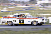 76113 - Allan Moffat, Falcon XB GT Hardtop - Hang Ten 400 Sandown 1976