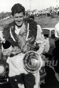 67112 - Ian (Pete) Geoghegan - Australian Touring Car Championship - Lakeside 1967