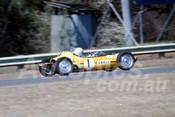 701074 -  Bernie Haenhle Rennmax Vee - Warwick Farm 1970 - Photographer Bob Jess