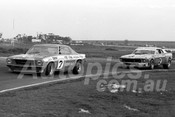 75156 - Bob jane, Monaro & Jim Richards, Mustang - Calder 1975 - Photographer Peter D'Abbs