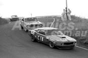 70504 - Allan Moffat, Mustang - Norm Beechey, Monaro & Bob Jane, Mustang - Bathurst Easter Meeting 1970
