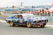 77085 - Dick Johnson & Vern Schuppan - Falcon XB GT Hang Ten 400 Sandown 1977 - Photographer Keith Midgley
